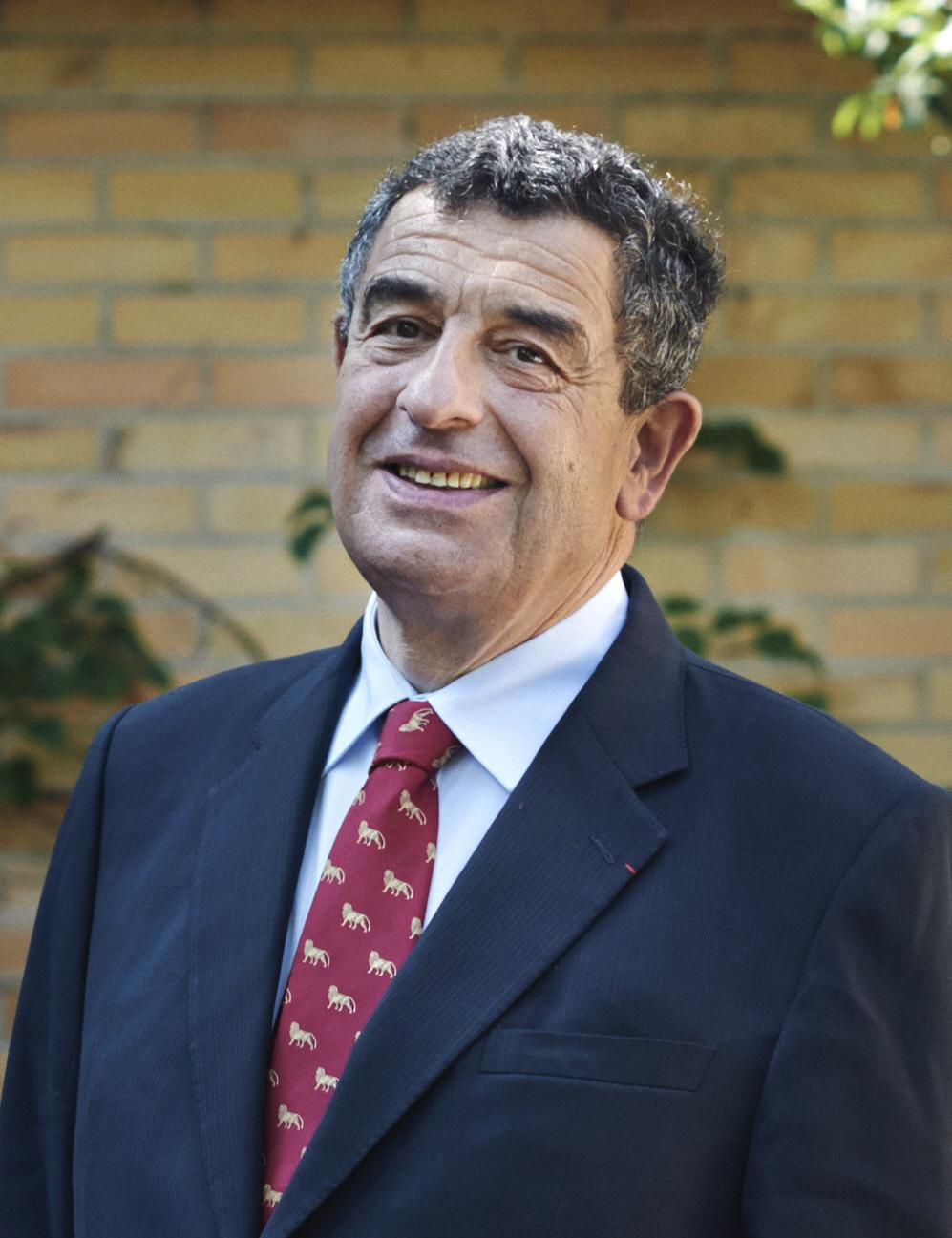 Pr Thierry Philip, président du Conseil d'Administration de l'Institut Curie depuis 2013. Le Pr Thierry Philip est médecin cancérologue et professeur des universités en oncologie médicale.