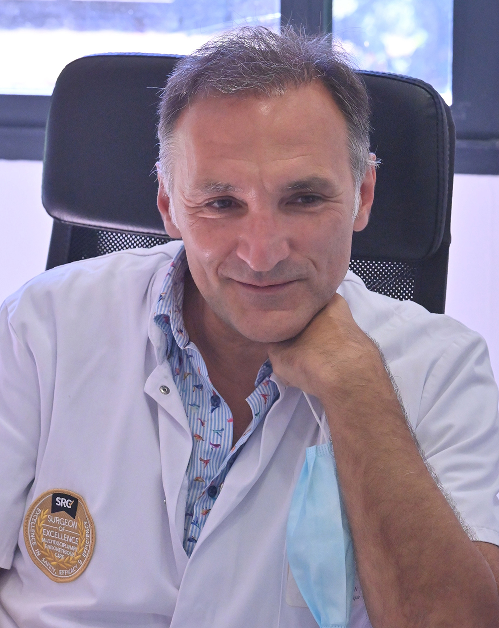 Professeur Horace Roman, Chirurgien Gynécologue, Clinique Tivoli-Ducos, Bordeaux (33), ancien professeur de l'Université de Rouen, professeur honorifique de chirurgie de l'endométriose de l'Université d'Aarhus (Danemark)